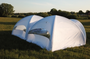 sia-teltis-pasakumiem-piepusama-telts-6m-x-6m-009.JPG