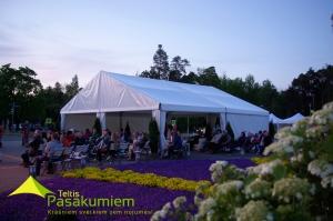 sia-teltis-pasakumiem-liela-telts-angars-039-siguldas-svetki.jpg