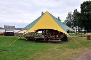 sia-teltis-pasakumiem-telts-zvaigzne-002.jpg